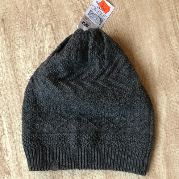 a641b0e56c2 Zumiez Grey Beanie Knit Fitted Snowboard Winter